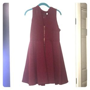 Dresses & Skirts - Red fit n flair dress
